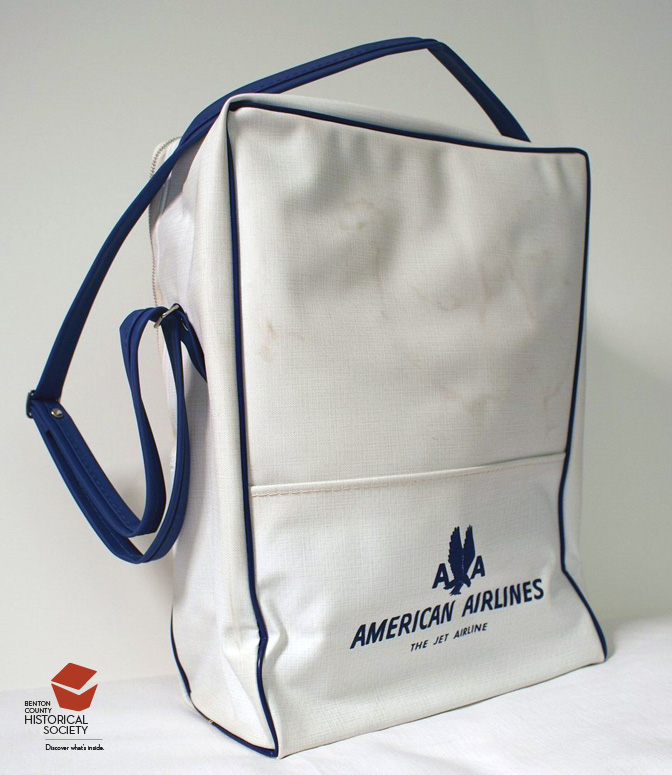 travel_American_Airlines_bag
