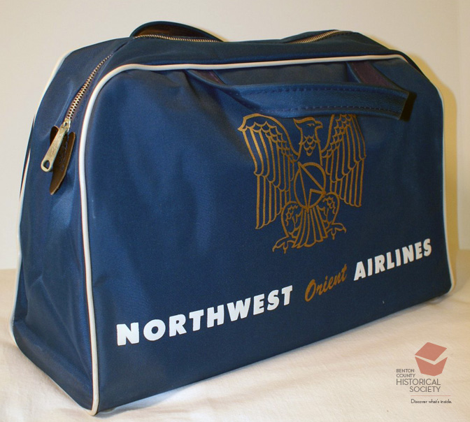 travel_Northwest_Airlines_bag
